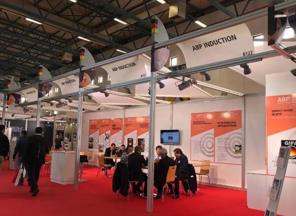 中国企业参加国际会展展台搭...